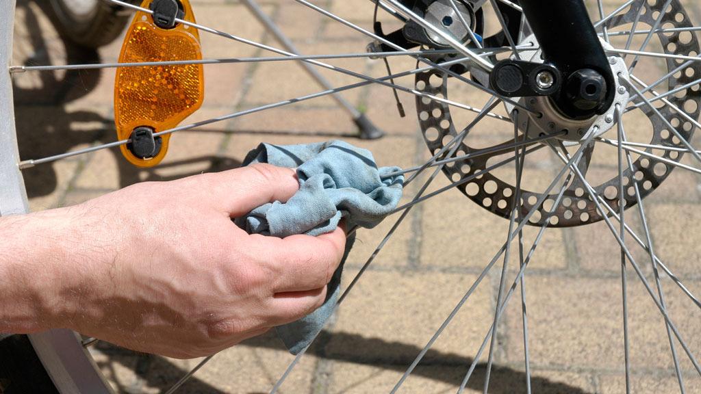 Fahrrad Putzen Eine Anleitung In Funf Schritten Wer Weiss Was De