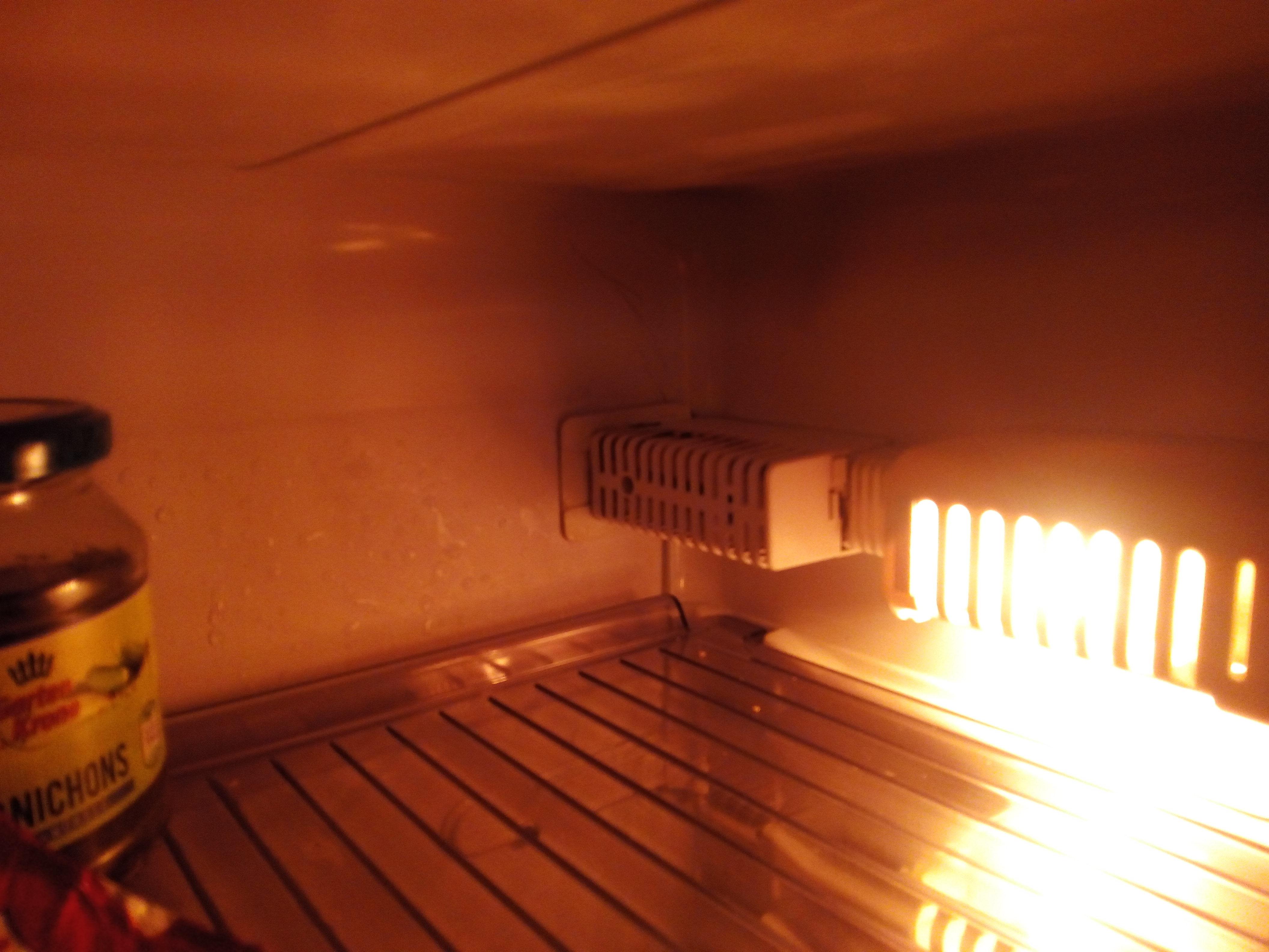 Bosch Kühlschrank Zu Warm : Kühlschrank marke alno wird hinten sehr heiß wer weiss was