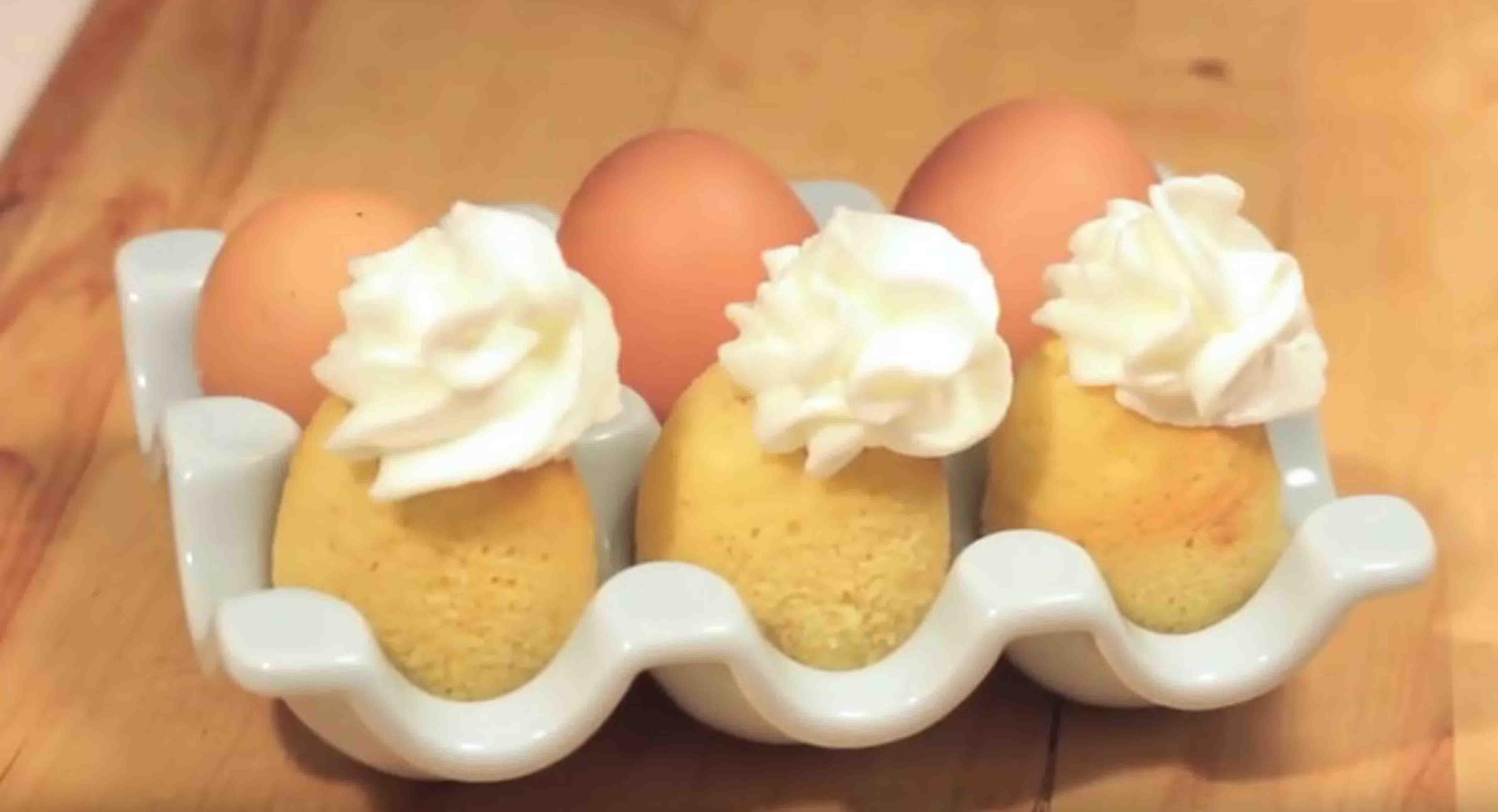 Backen Mit Uberraschungseffekt Kuchen Aus Dem Ei Wer Weiss Was De