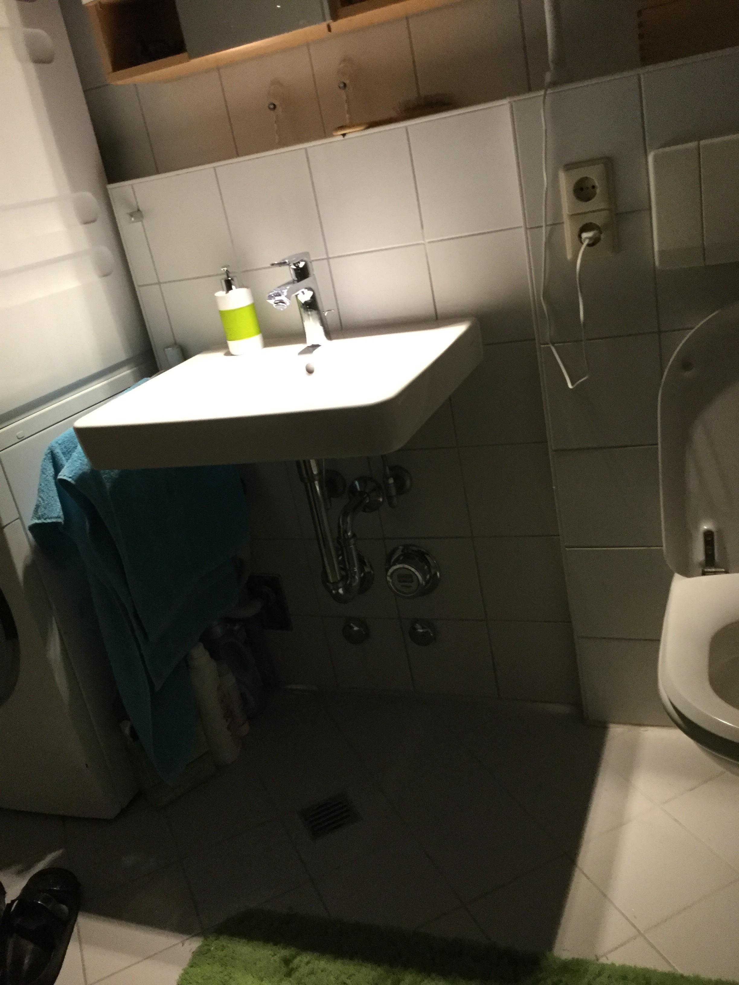 Waschtisch Hänge Unterschrank Montieren | Wer-weiss-was.de
