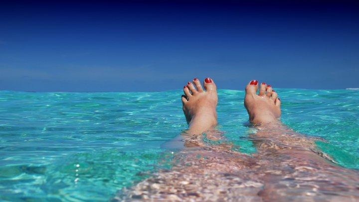 Du möchtest schön gebräunt in den Sommer starten? Mit diesen Tipps beschleunigst du deinen Bräunungs-Prozess!