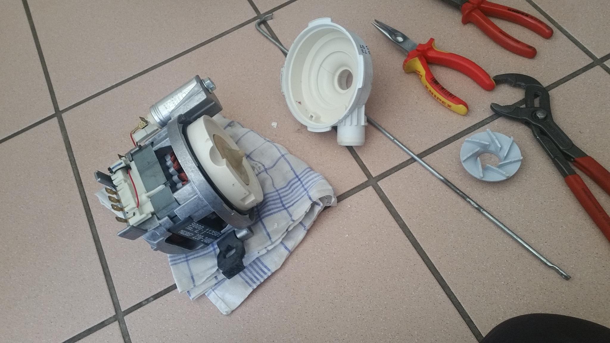 Bevorzugt Siemens Geschirrspüler wäscht vor allem im oberen F...   wer-weiss AV94
